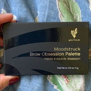 Younique Eyebrow Palette